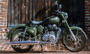 Royal Enfield Classic 500 Battle Green 4