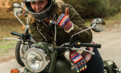 Royal Enfield Classic 500 Battle Green 9