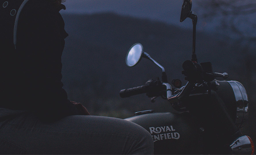 Royal Enfield Classic 500 Battle Green 10