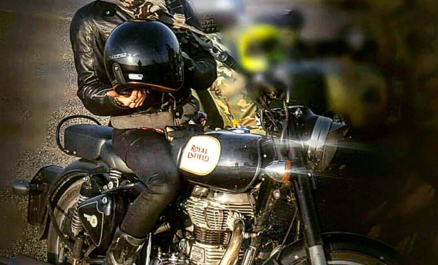 Royal Enfield Classic 500 4
